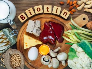Biotin for healthy eyelashes