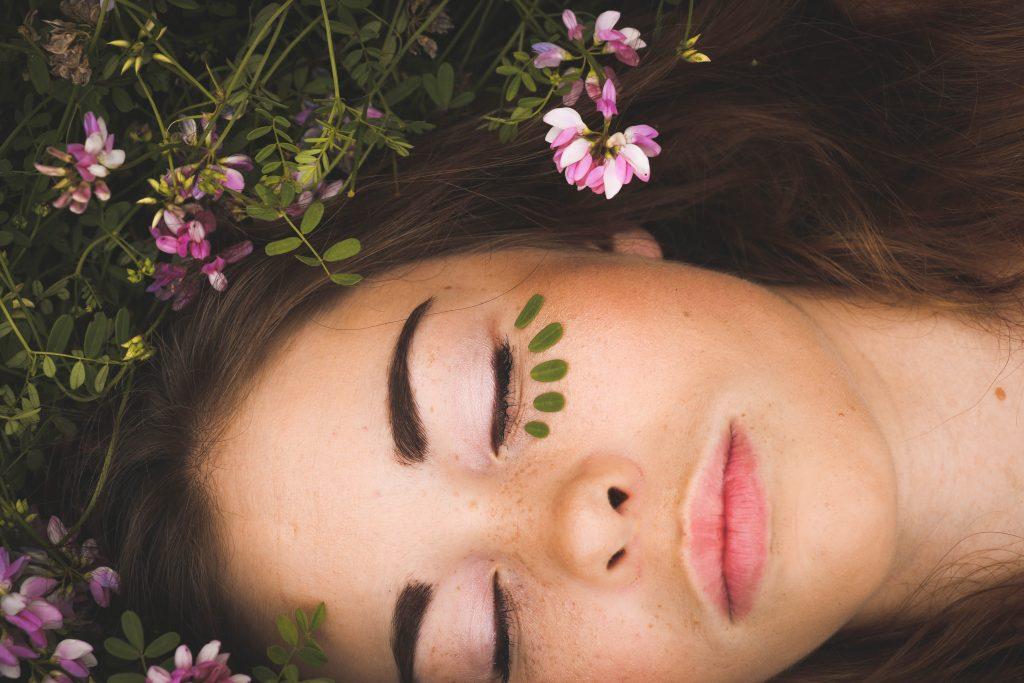 The Best Homemade Eyelash Growth Serums Chic Girl Online